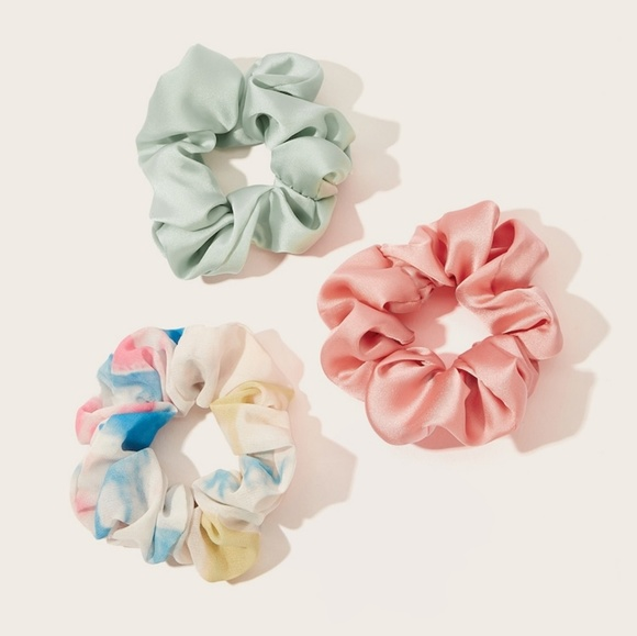 Accessories - 3pc Cotton Candy Scrunchie Set